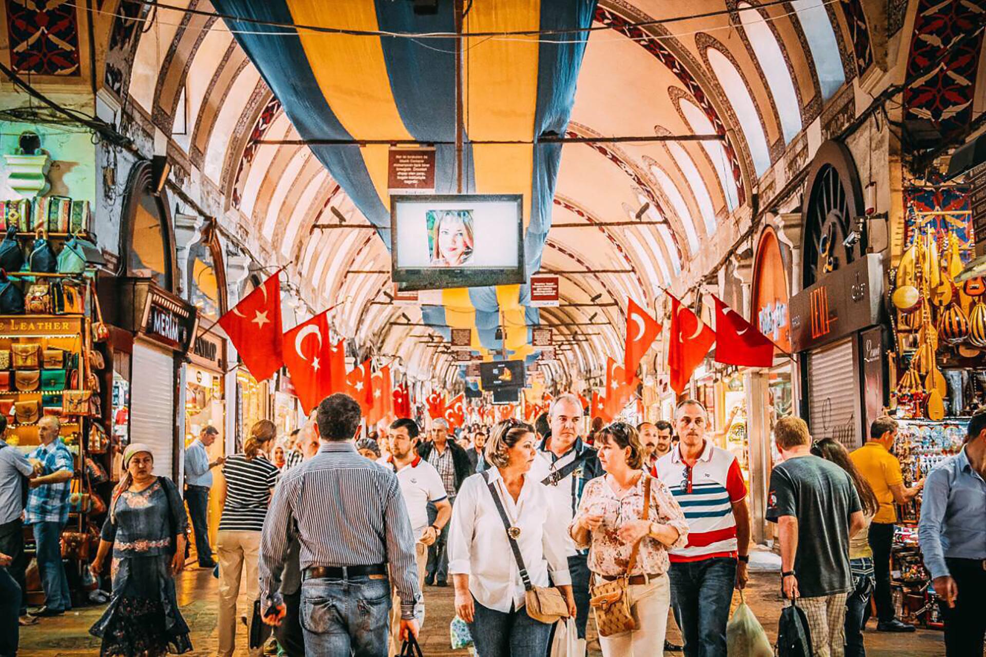 Vrijwilligerswerk met een groep in Turkije